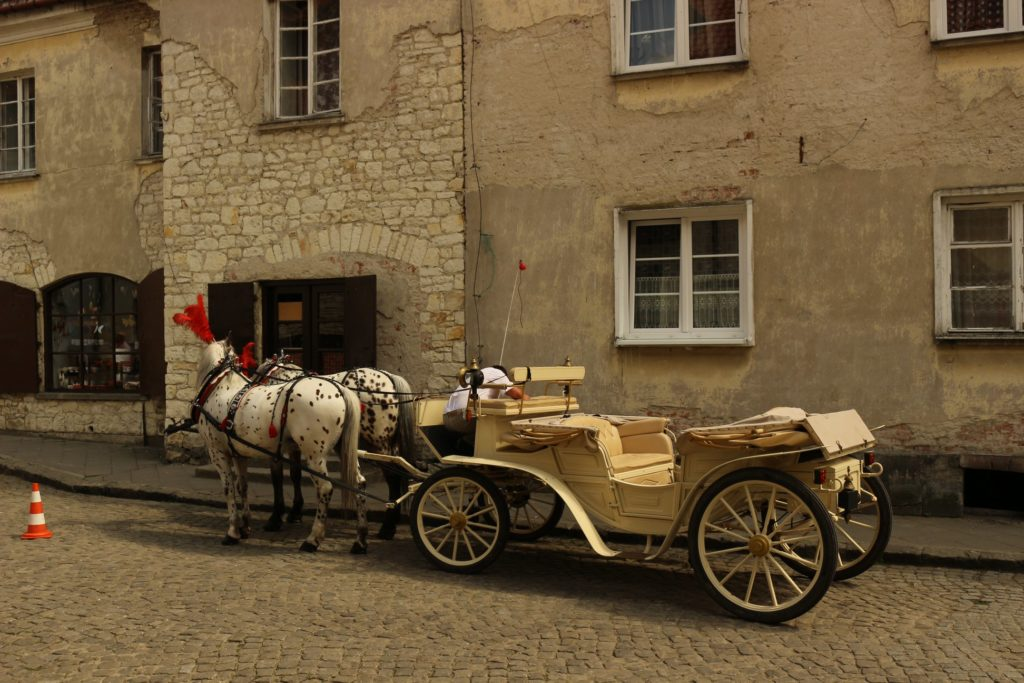 More horse carts